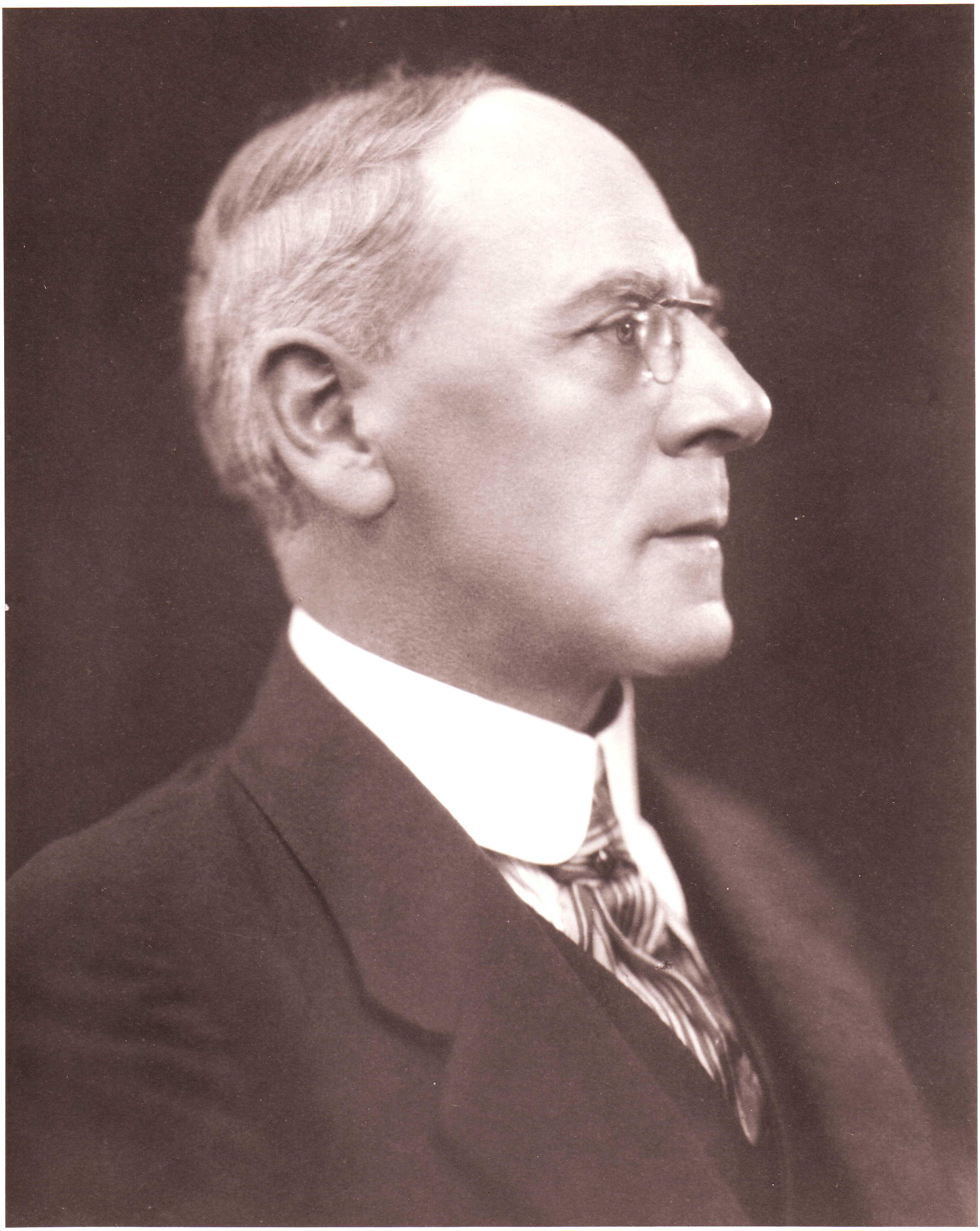 Harold Davies salary